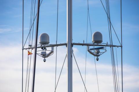 Hi-res image - Inmarsat - e3 has installed Inmarsat's dual antenna Fleet Xpress solution on performance superyacht S/Y Ganesha