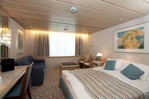 Fred olsen cruise lines special 2014 15 cruise deals for for Which cruise line has single cabins