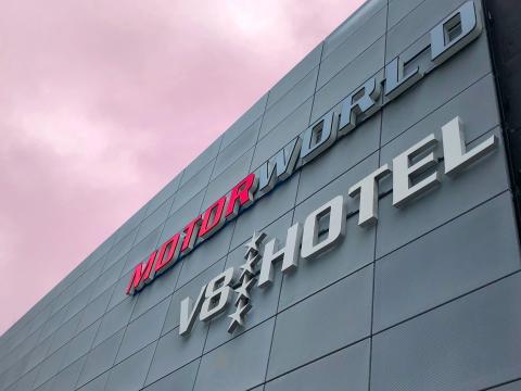 V8 Hotel Koeln@Motorworld_Exterior