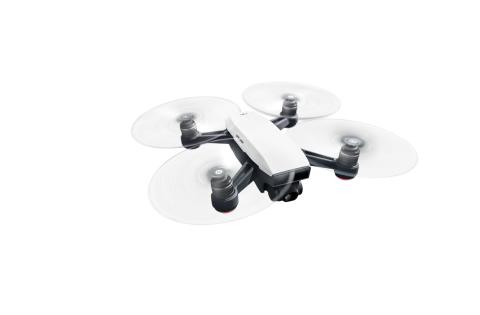 DJI Spark Alpine White - Flying