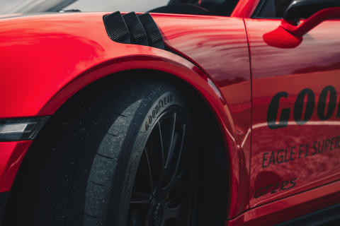 GOODYEAR_EF1SS_GT2RS_Pitbox_8