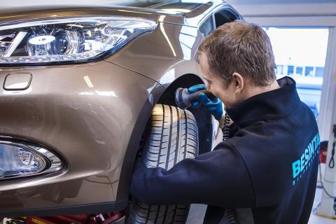 Vintersäkra bilen - Här är sakerna som du bör tänka på, så att du kör tryggt och säkert i vinter