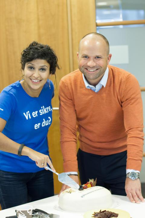Najla Jabba, prosjektleder hos Sykehuspartner, sammen med Thomas Nilsen, CBC Manager i Canon Norge