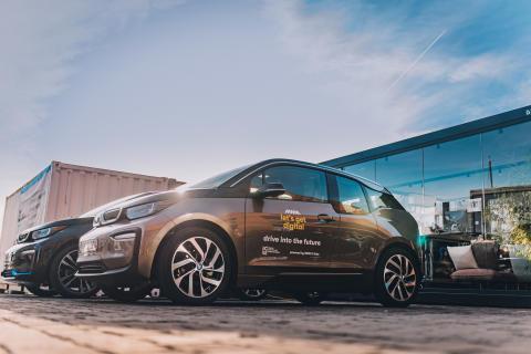 Let's Get Digital 2019 - BMW i3 - CEO + student meet & greet