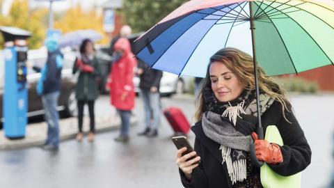 Parkering och kollektivtrafik i samma app