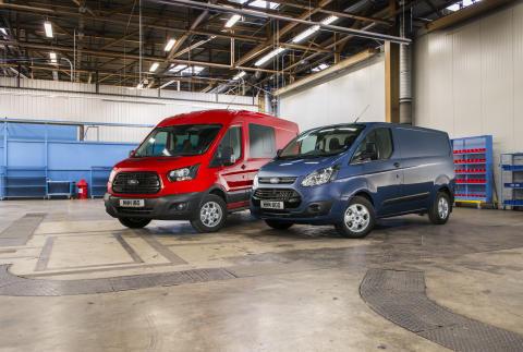 Ford Transit och Transit Custom tillhör Europas mest sålda transportbilsserie.