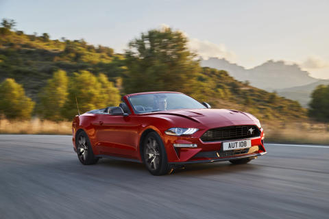 FORD_2019_MUSTANG_2.3_03
