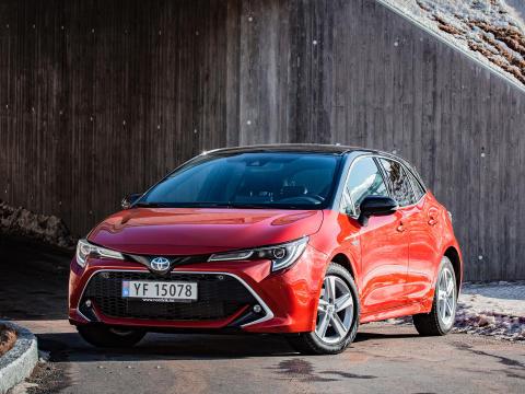 Toyota på salgstoppen i mai