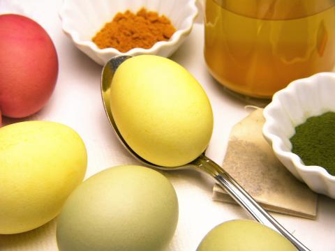 Æg i alle farver. Påske på Frederikssund Museum. Kredit Silviarita_Pixabay