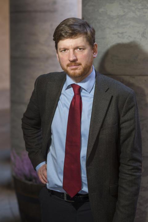 """Ådahl kritisk till regeringens prognos: """"Missar chansen att ta tillbaka jobben"""""""