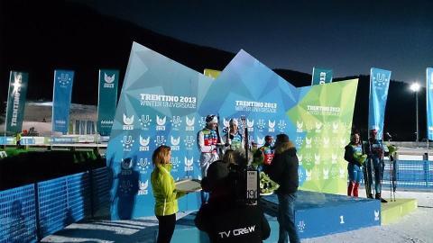Anton Karlsson och Emilie Cedervärn tog sprintstafettsilver