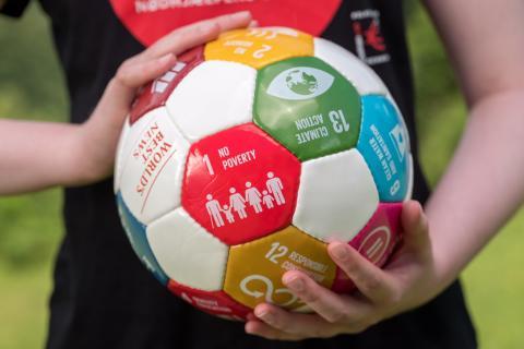 Folkekirkens Nødhjælps ungdomsorganisation stemmer ja til selvstændighed