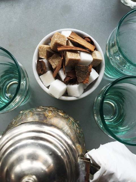 Tea time Marrakesh after Hammam_Source NOSADE