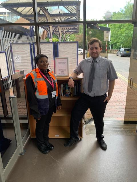 Radlett residents get on board with mini library at Thameslink station