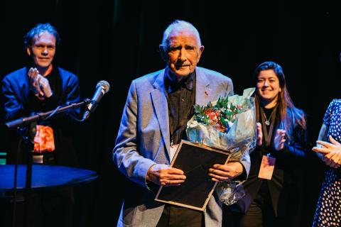 Finn Møller (94) fikk Oslo kommunes frivillighetspris