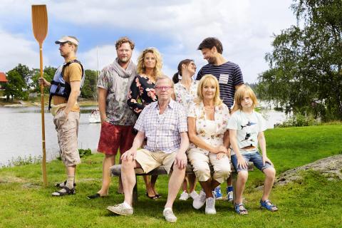 Sommaren med släkten. FOTO: JAKOB DAHLSTRÖM/KANAL 5