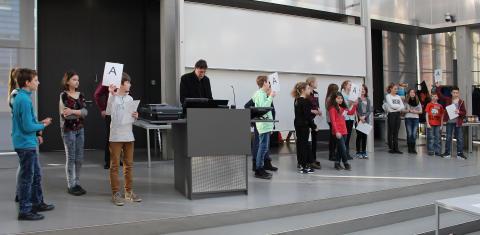 """Begabtenförderung in den MINT-Fächern: """"11. Tag der Naturwissenschaften"""" für Schülerinnen und Schüler der 6. Klassen am 22. Februar 2017 an der Technischen Hochschule Wildau"""