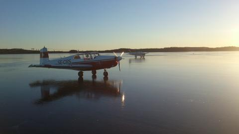 """""""Hela Sverige flyger"""", flygsportsutställning i Nordstan"""