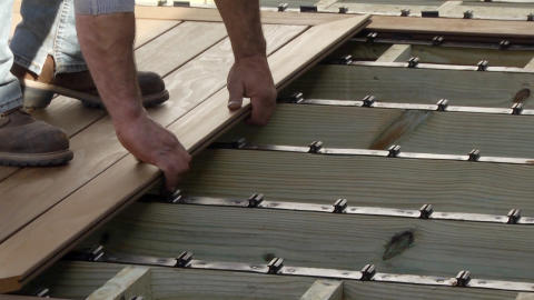 KEBONY INTRODUCES DURALIFE™ STEP-CLIP™ FOR KEBONY TO MAKE DECK INSTALLATION SIMPLE, QUICK AND SECURE
