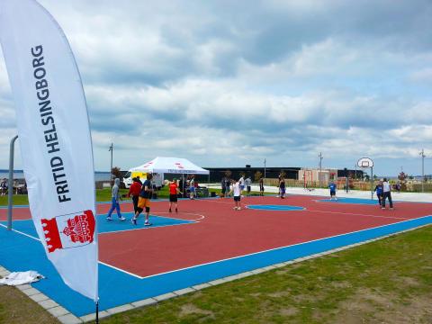 För andra året i rad spelas Streetbasketturneringen på Gröningen/fria bad i Helsingborg