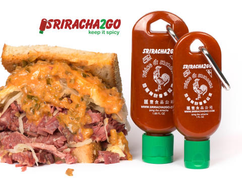 Miniflaska för Sriracha att hänga i nyckelringen