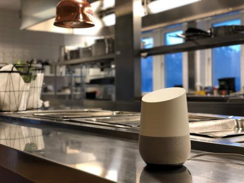 Google Assistent i restaurangköket