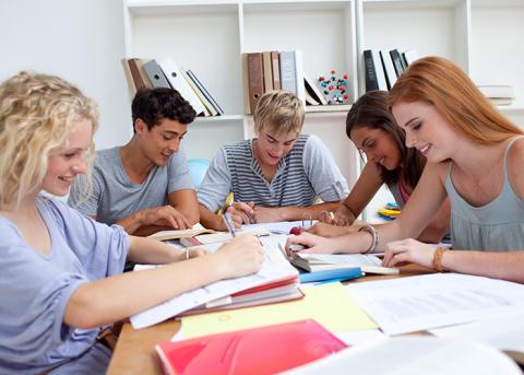 25 ungdomar får sommarjobb i Sörmlands Sparbank