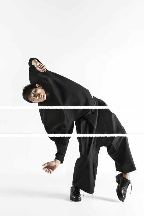 Tvådelad kväll av koreograferna Kenneth Kvarnström och Susanna Leinonen