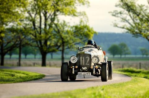 Bentley anländer till Tjolöholm foto Thomas Alm
