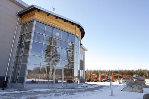 Delvator och Hitachi starkare i Närke och Östergötland