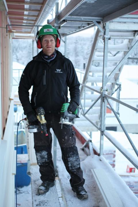 Tømrer Sjur Paulsen fra Block Watne har vært sentral i testing av Hitachi verktøy og er godt fornøyd. (683x1024)