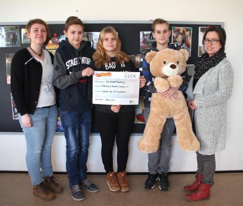 Genial Sozial: Oberschule Groitzsch spendet für Bärenherz