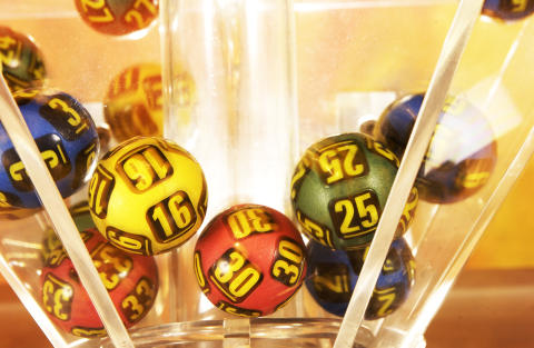 Historisk femdobbelt Jackpot i Lotto