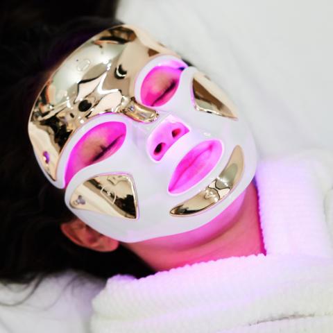 Dr Dennis Gross Spectralite FaceWear Pro