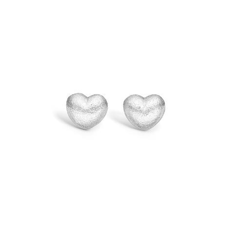Hjerteformede øredobber fra Blossom Copenhagen 498,-