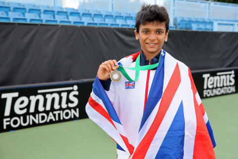 Tennis player Esah Hayat shortlisted for SportsAid's One-to-Watch Award