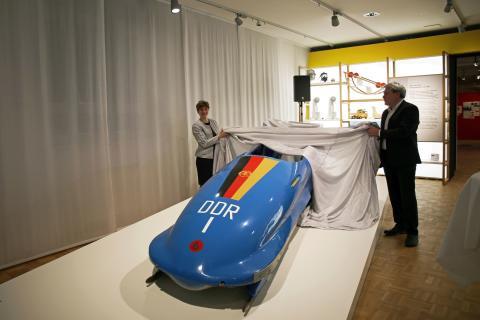 Besonderes Highlight der Ausstellung - der DDR-Bob