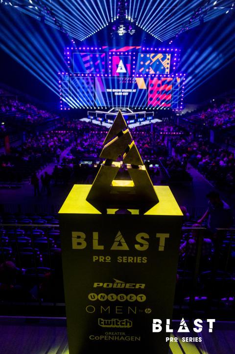 BLAST 037