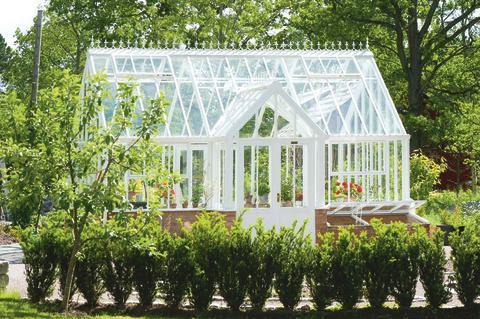 Victorian Lodge från Hartley säljs av Vansta Trädgård