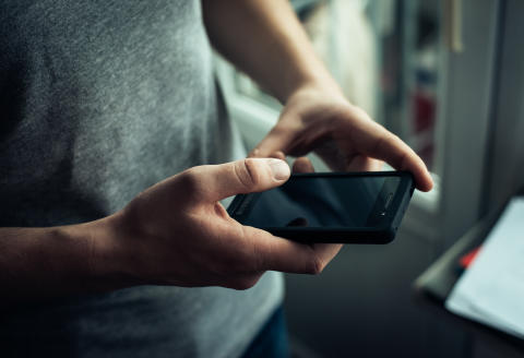 Det nye årti blev skudt i gang med rekord-meget mobiltrafik