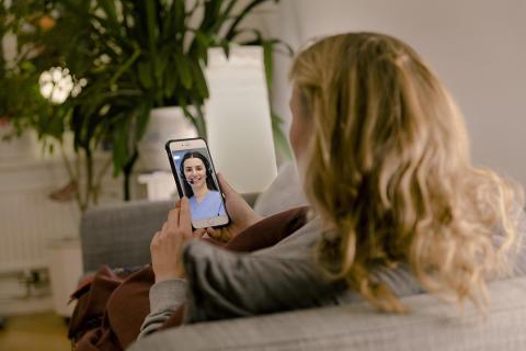Ökad tillgänglighet när vårdcentraler erbjuder videomöte med läkare utanför ordinarie öppettider
