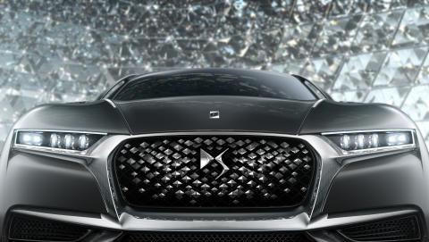 DIVINE DS - konceptbilens grill och strålkastare