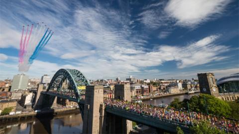 Extra buses and money saving tickets for the Great North Run