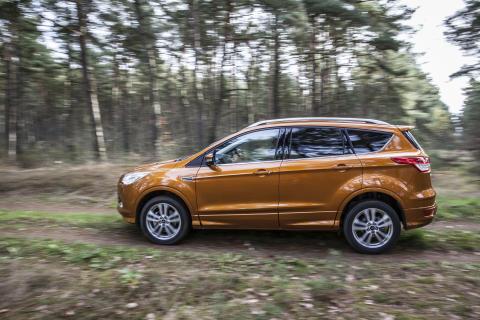 Ford Kuga AWD (3)