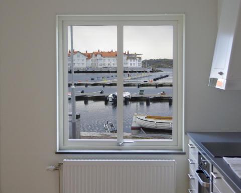 Hyresgästerna på plats i Förbos nya lägenheter på Marstrand