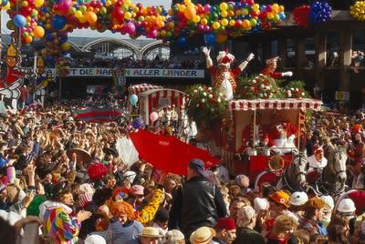 """Imorgon (tors 11/2) börjar """"den femte årstiden"""": Karneval i Tyskland"""