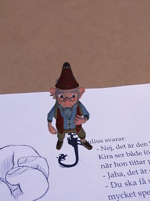 Barnbokserie av studenter på Högskolan  i Skövde kombineras med speciell app