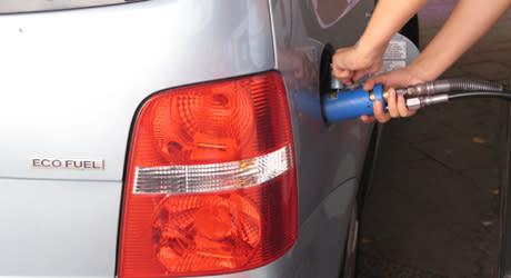 Fordonsgasen fortsätter öka