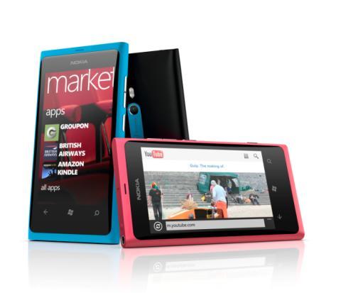 Nu lanseras Nokias och Microsofts stora satsning – Nokia Lumia 800 med Windows Phone
