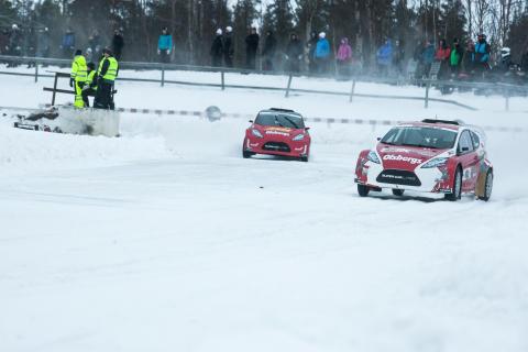 Sebastian Eriksson show i fantastisk RallyX On Ice-premiär